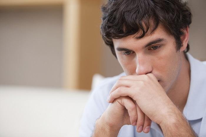 Porque os Homens Somem - Homem Preocupado
