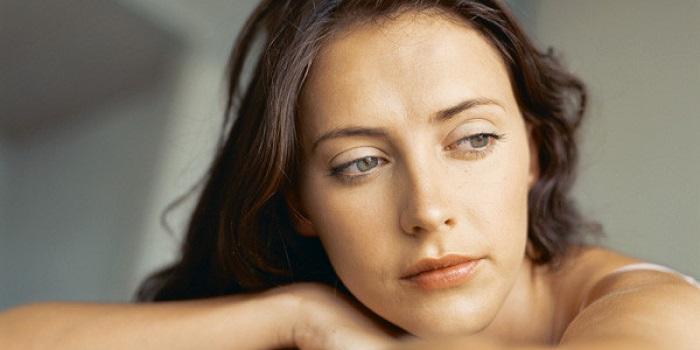 Como Parar de Sofrer Por Amor - Mulher Triste